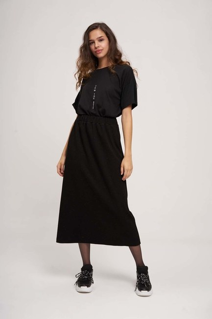 - Basic Elastic Skirt (Black) (1)