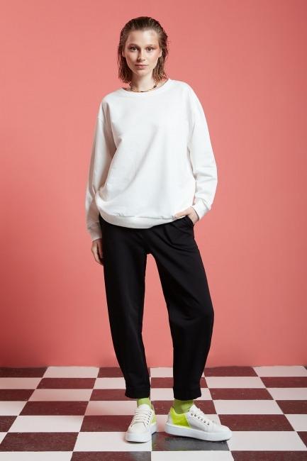 Mizalle - Basic Uzun Kollu Sweatshirt (Ekru)
