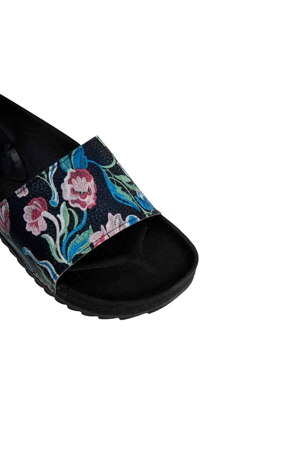 MIZALLE Printed Soft Sole Slippers (Black/White) (1)