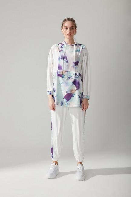 Mizalle - Batik Desenli Beyaz Sweatshirt