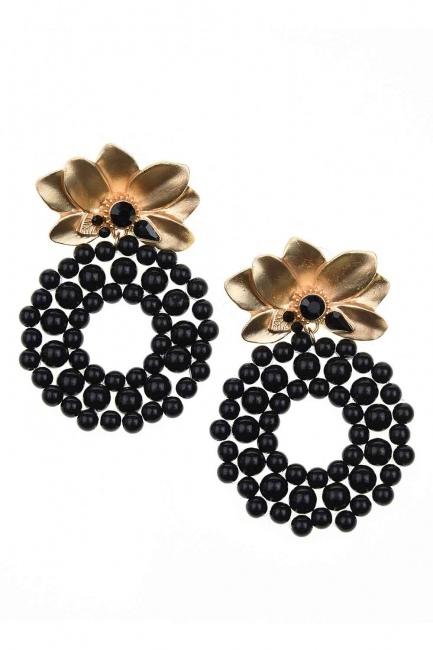 MIZALLE Beaded Big Earrings (Black)