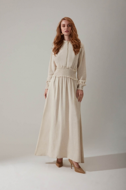 Mizalle - Beli Lastikli Bej Keten Elbise