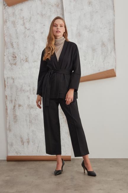 Mizalle - Beli Kuşaklı İki İplik Siyah Kimono