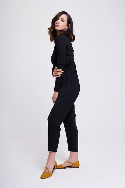 Mizalle - Beli Lastikli Dar Paça Pantolon (Siyah)
