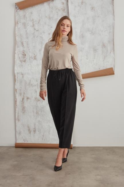 Mizalle - Beli Lastikli Dikişli Siyah Pantolon