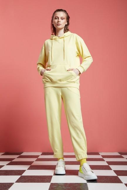 Mizalle - Basic Beli Lastikli Jogger Pantolon (Sarı)