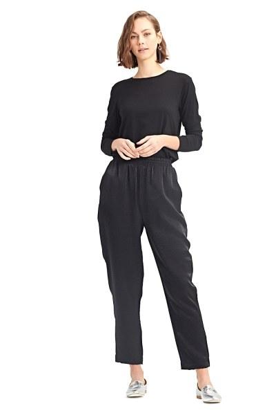 MIZALLE Beli Pileli Pantolon (Siyah)