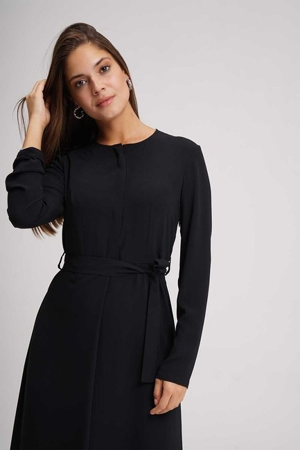Mizalle - Belted Jumpsuit (Black) (1)