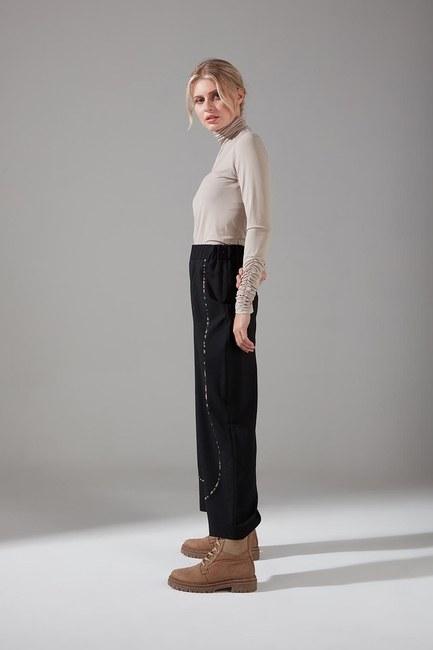 Mizalle - Biyesi Desenli Pantolon (Siyah) (1)