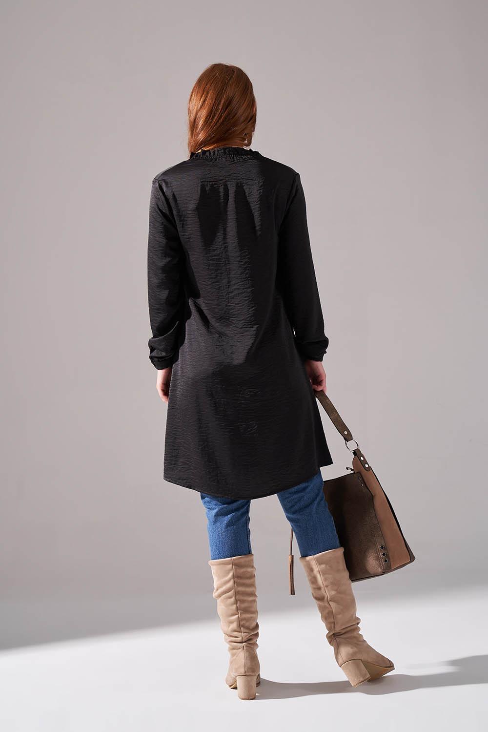 Boğazlı Desenli Siyah Triko Tunik