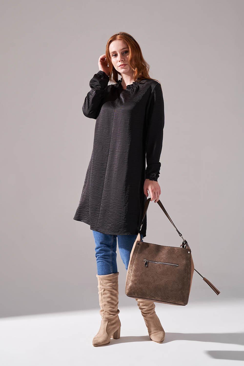 Mizalle - Boğazlı Desenli Siyah Triko Tunik