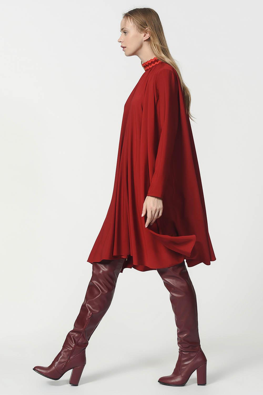 d2194472b3b07 MIZALLE - Bol Kesim Yaka Detaylı Elbise (Bordo)