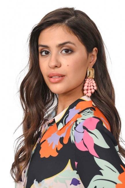 MIZALLE Bead Detailed Earrings (Pink)
