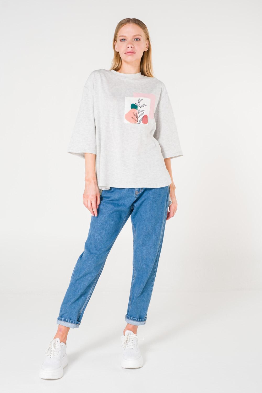 Cep Baskılı Gri T-shirt