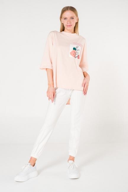 Mizalle - Cep Baskılı Pudra T-shirt