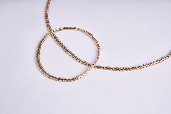 MIZALLE - Chain Necklace Bracelet Set (Yellow) (1)