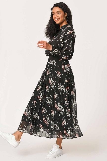 تنورة مطوي مع أنماط زهرة (أسود) - Thumbnail