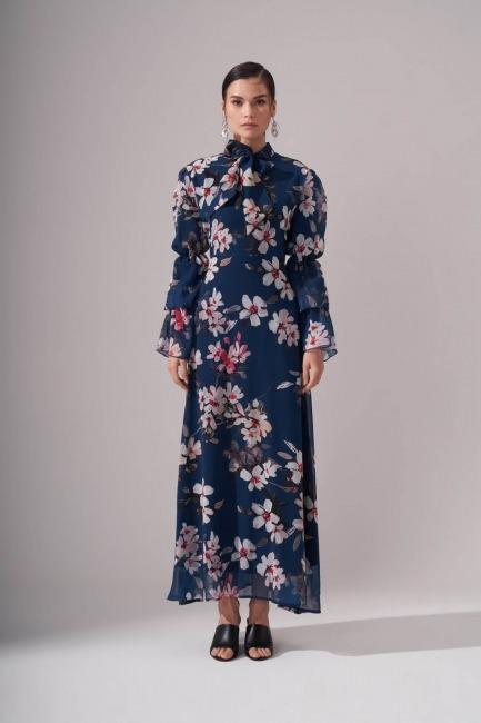 Mizalle - Çiçek Desenli Şifon Elbise (İndigo)