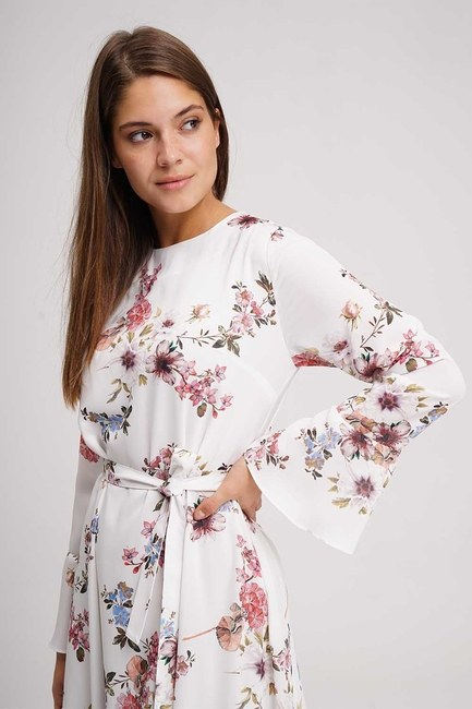 MIZALLE - Çiçek Desenli Uzun Elbise (Ekru) (1)