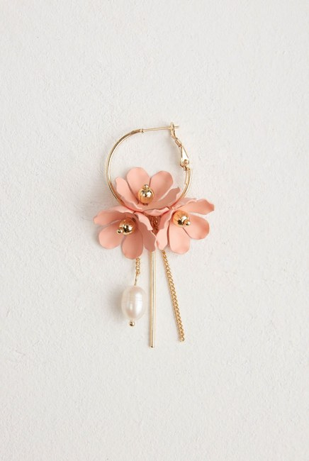 MIZALLE - Çiçek Detaylı Halka Küpe (Pembe) (1)