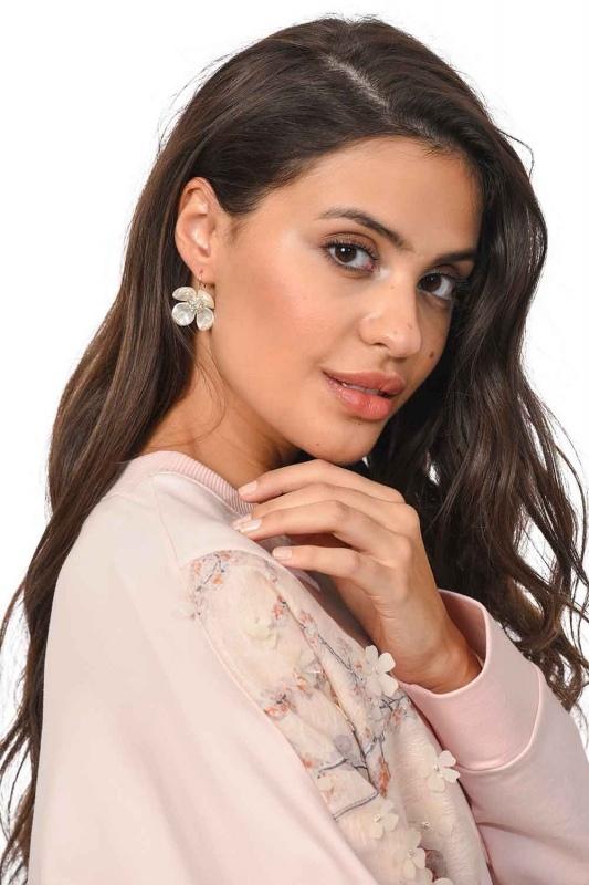 Flower Detailed Earrings (St)
