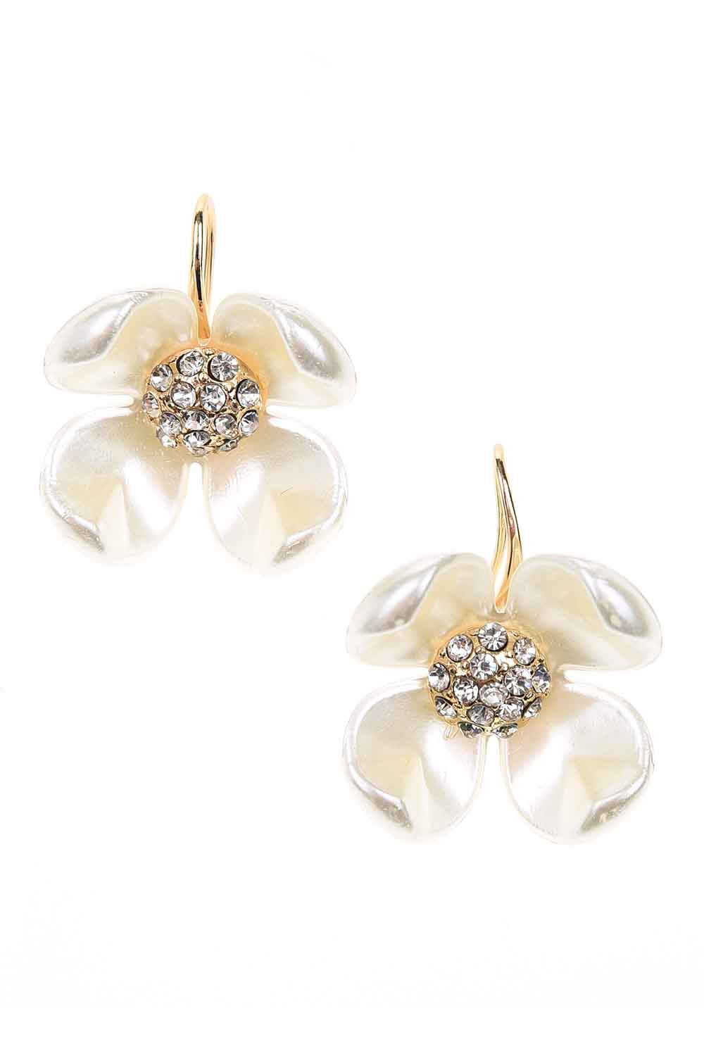 MIZALLE Flower Detailed Earrings (St) (1)