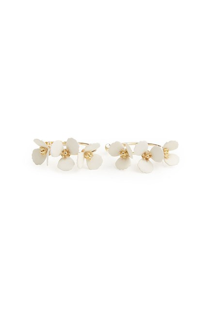 Çiçekli Halka Küpe (Beyaz) - Thumbnail