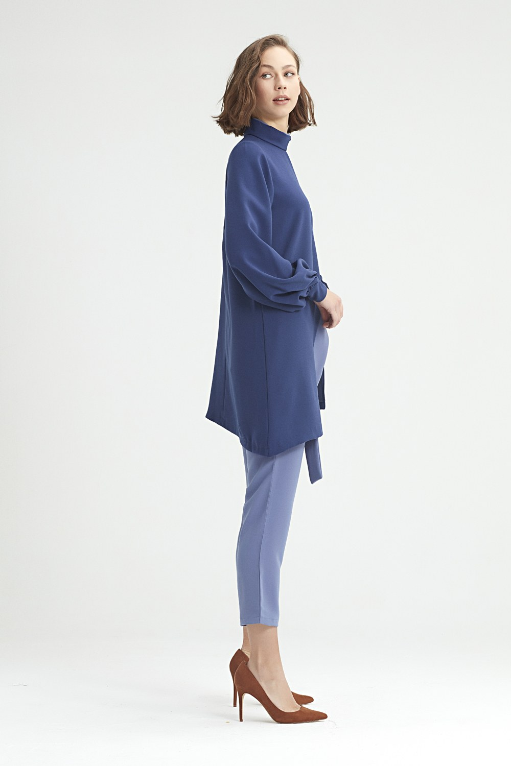MIZALLE Double-Layered Neck Tunic (Blue) (1)