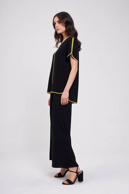 Çizgi Biyeli Bluz (Siyah) - Thumbnail