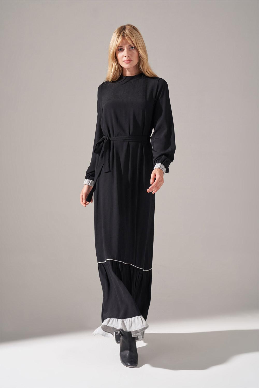 Mizalle - Çizgi Fırfır Detaylı Maroken Elbise (Siyah)