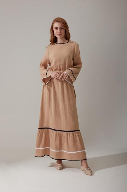 Mizalle - Beli Büzgülü Uzun Bej Elbise