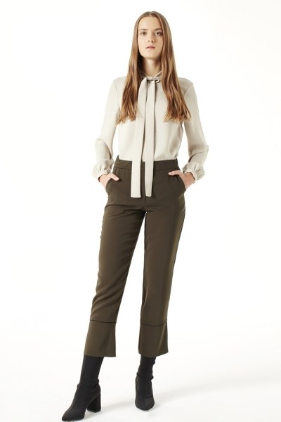 MIZALLE Striped Leg Trousers (Khaki)