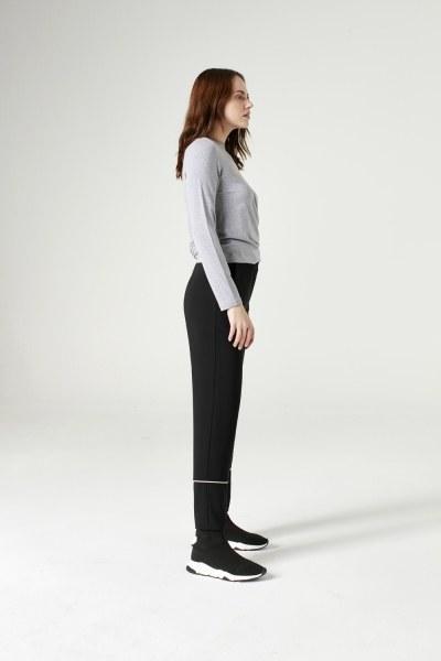 Mizalle - Çizgi Paçalı Pantolon (Siyah)