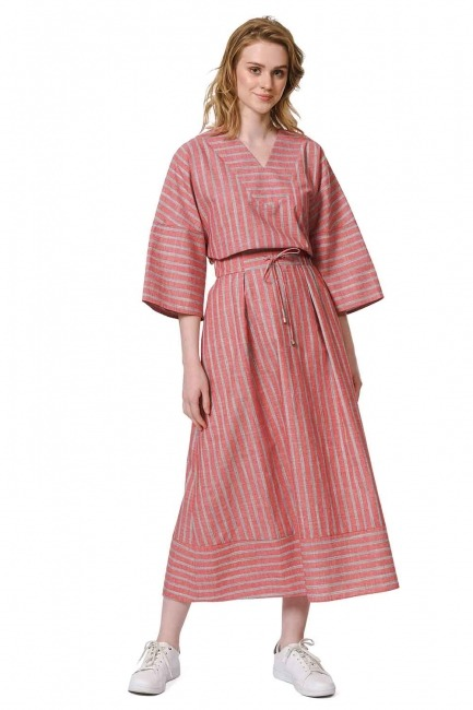 MIZALLE Striped Linen Textured Skirt (Red)