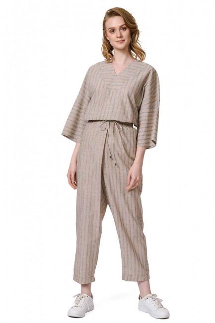 MIZALLE Çizgili Parça Detaylı Pantolon (Bej)