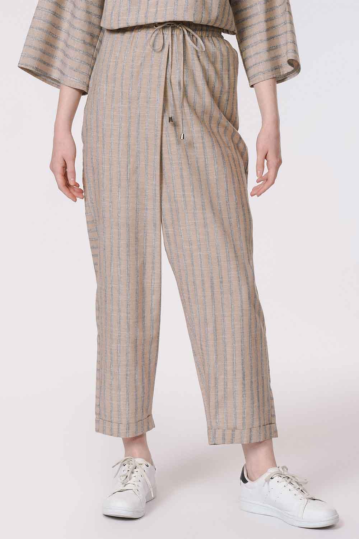 MIZALLE Çizgili Parça Detaylı Pantolon (Bej) (1)