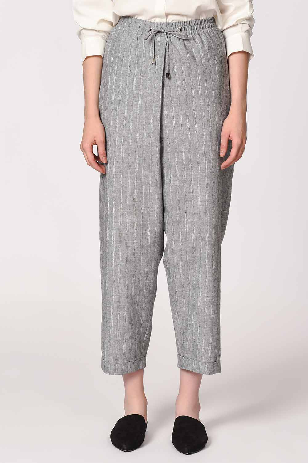 MIZALLE Striped Piece Trousers (Grey) (1)