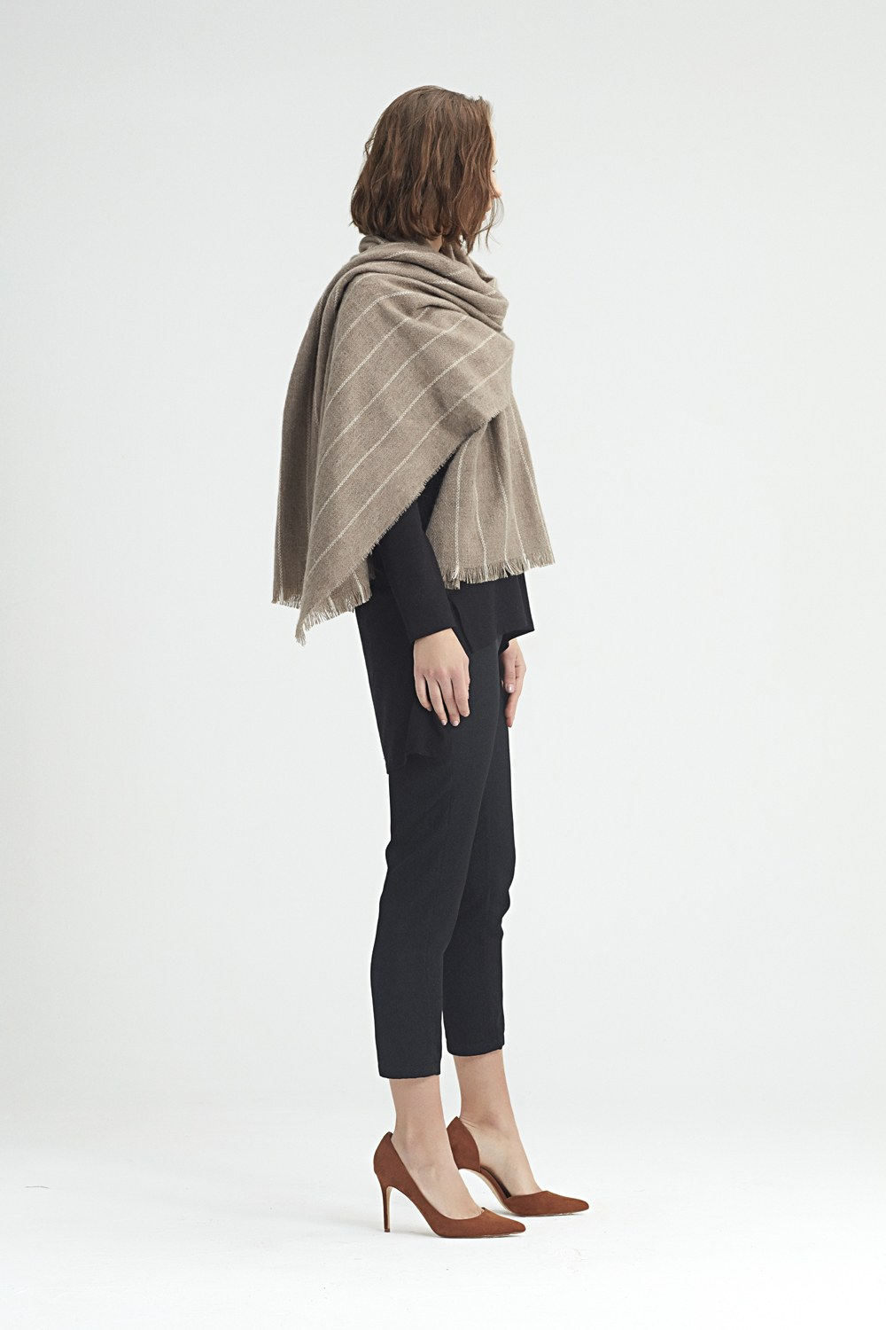 MIZALLE Striped Shawl (Ecru) (1)