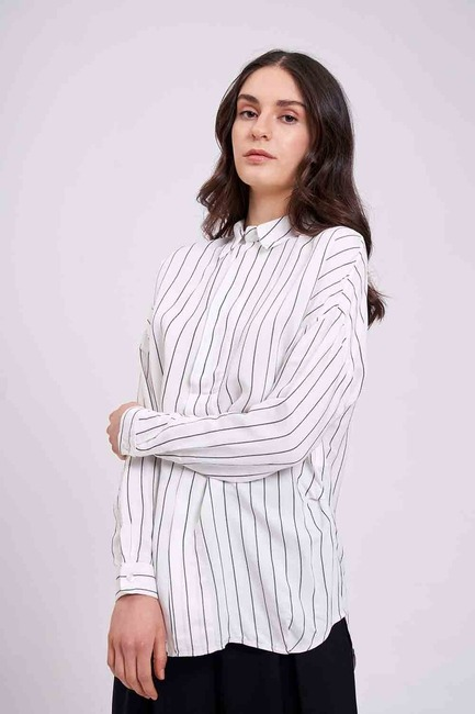 Mizalle - Çizgili Yakalı Gömlek Bluz (Ekru)