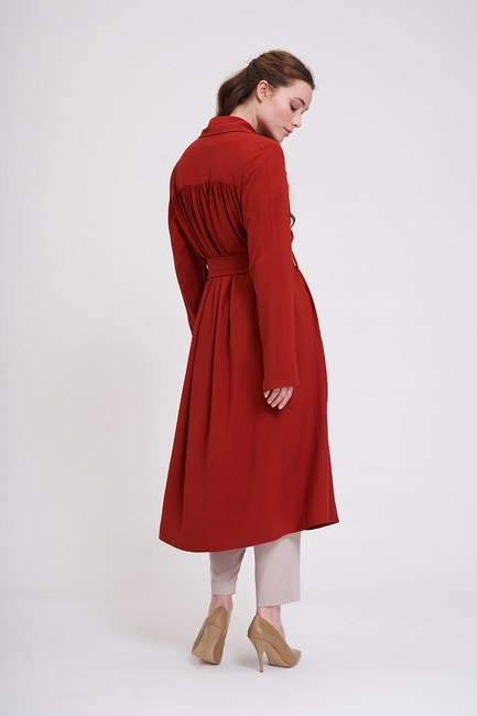 MIZALLE - Classic Textured TrenchCoat (Brick Red) (1)