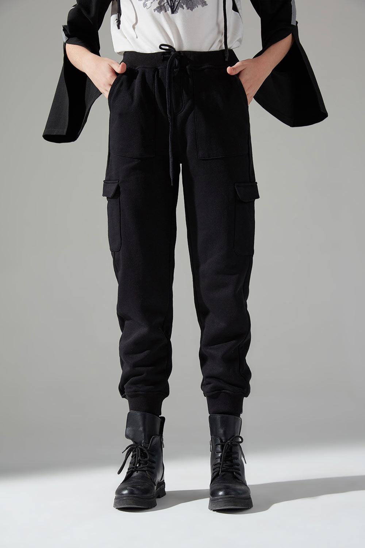 Çok Cepli Üç İplik Pantolon (Siyah)