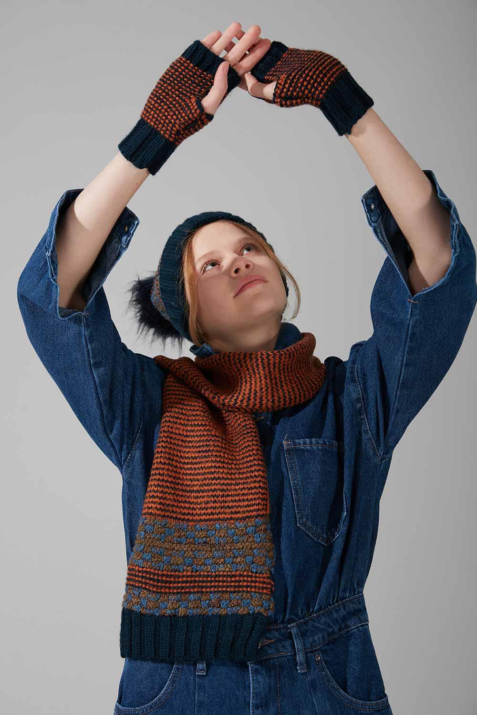 Mizalle - Çok Renkli Şapka Eldiven Bere Takımı (Lacivert)