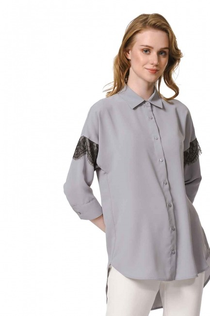 MIZALLE الدانتيل قميص بلوزة مفصلة (الرمادي)