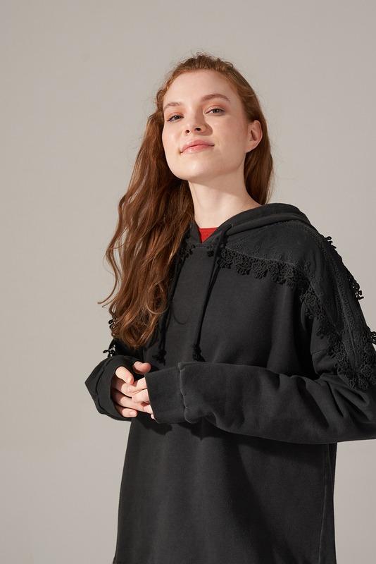 Dantel Özel Yıkama Sweatshirt (Siyah)