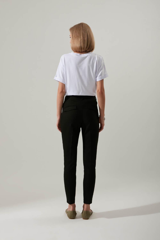 Dar Paça Kumaş Siyah Pantolon