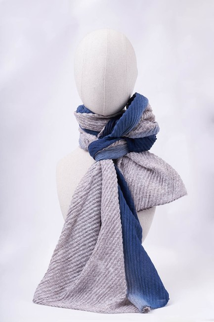 MIZALLE - Gradient Shawl (Blue) (1)