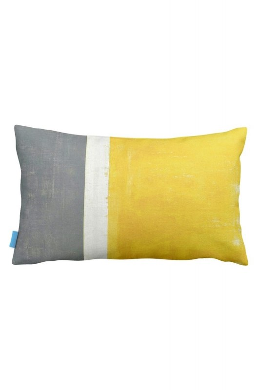 Tricolor Decorative Pillow Case (33X57)
