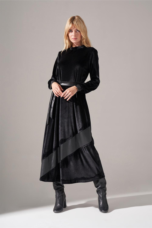 Deri Detaylı Kadife Siyah Elbise