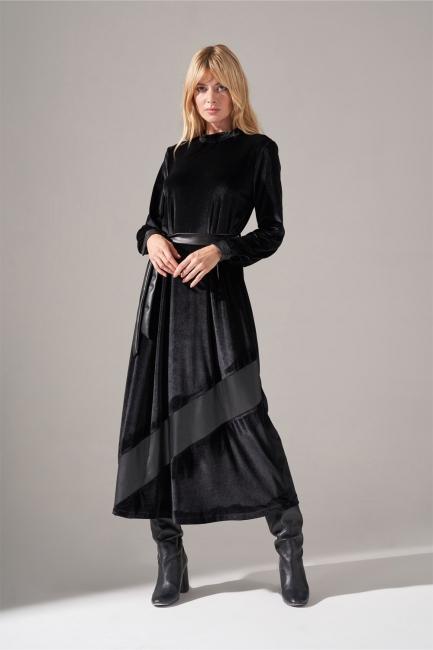 Mizalle - Deri Detaylı Kadife Siyah Elbise