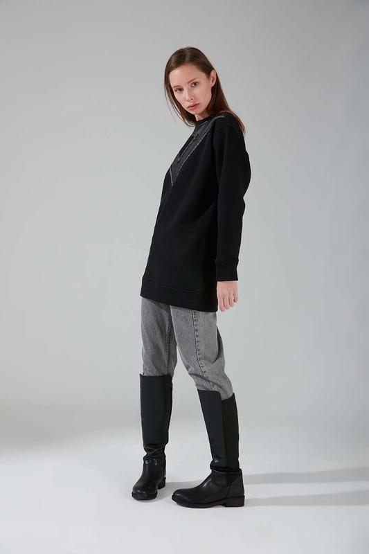 Deri Detaylı Sweatshirt (Siyah)